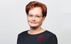 Оксана Козловская поздравила выпускников-отличников